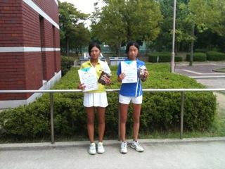 http://hyogo-tennis-as.com/15%E6%AD%B3%E4%BB%A5%E4%B8%8BGS1%EF%BC%8C2%E4%BD%8D.JPG